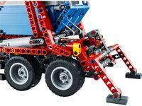 LEGO Technic 42024 - A-Modell Stützen ausgefahren