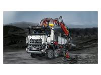 LEGO Technic 42043 - A-Modell Stützen ausgefahren