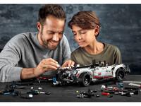 LEGO Technic 42096 - Vater und Sohn beim Bauen
