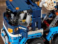 LEGO Technic 42112 - A-Modell Fahrerkabine mit offener Türe
