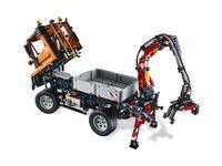 LEGO Technic 8110 - A-Modell Fahrerkabine gekippt und mit Heckkran