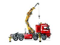 LEGO Technic 8258 - A-Modell Seitenansicht rechts mit Kran ausgefahren