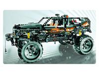 LEGO Technic 8297 - A-Modell Seitenansicht links mit Seilwinde